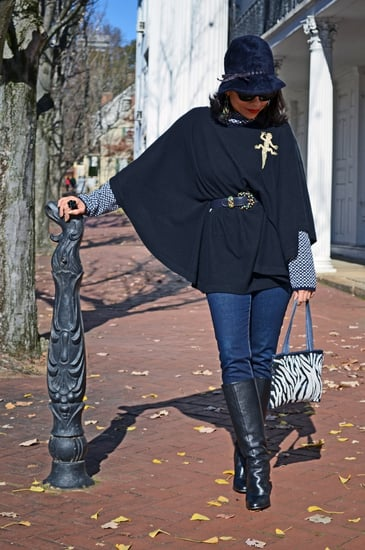 Poncho Street Style Outfit