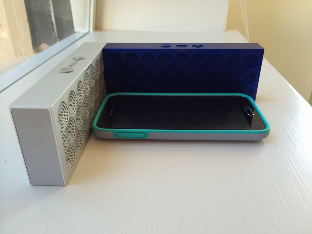 Pair Two Mini Jambox Speakers Together