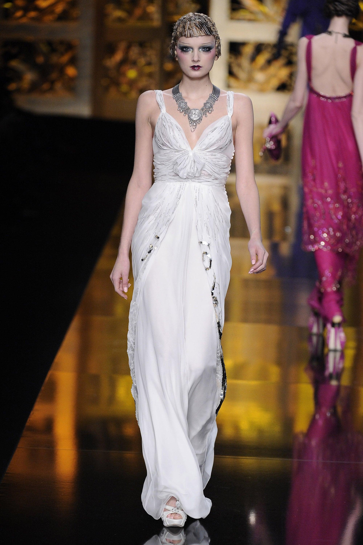 2009 Fall Paris Fashion Week: Christian Dior