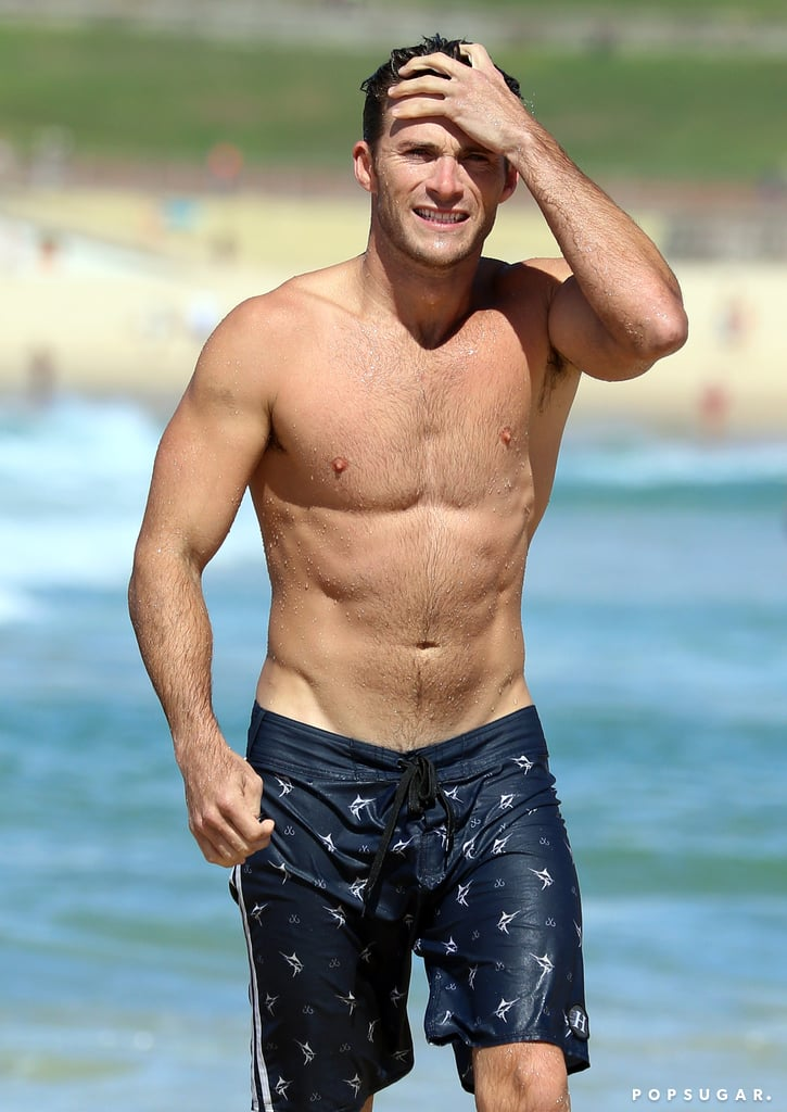 Scott Eastwood Shirtless on the Beach in Australia Feb. 2017 ...