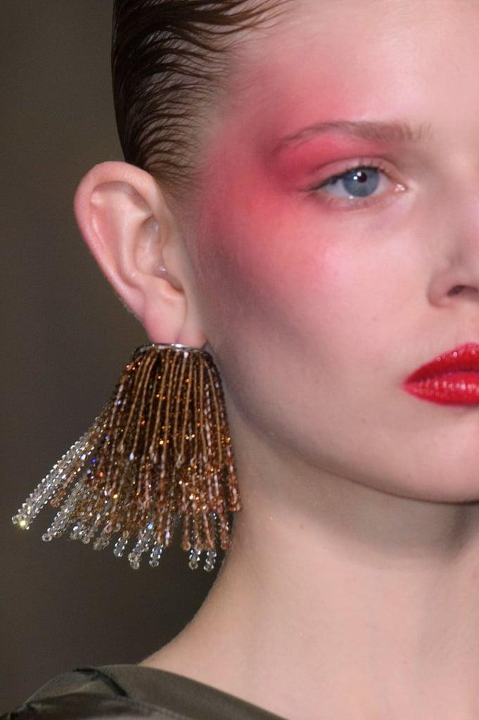 Hair And Makeup Spring Summer 2017 Paris Fashion Week Popsugar Beauty Australia