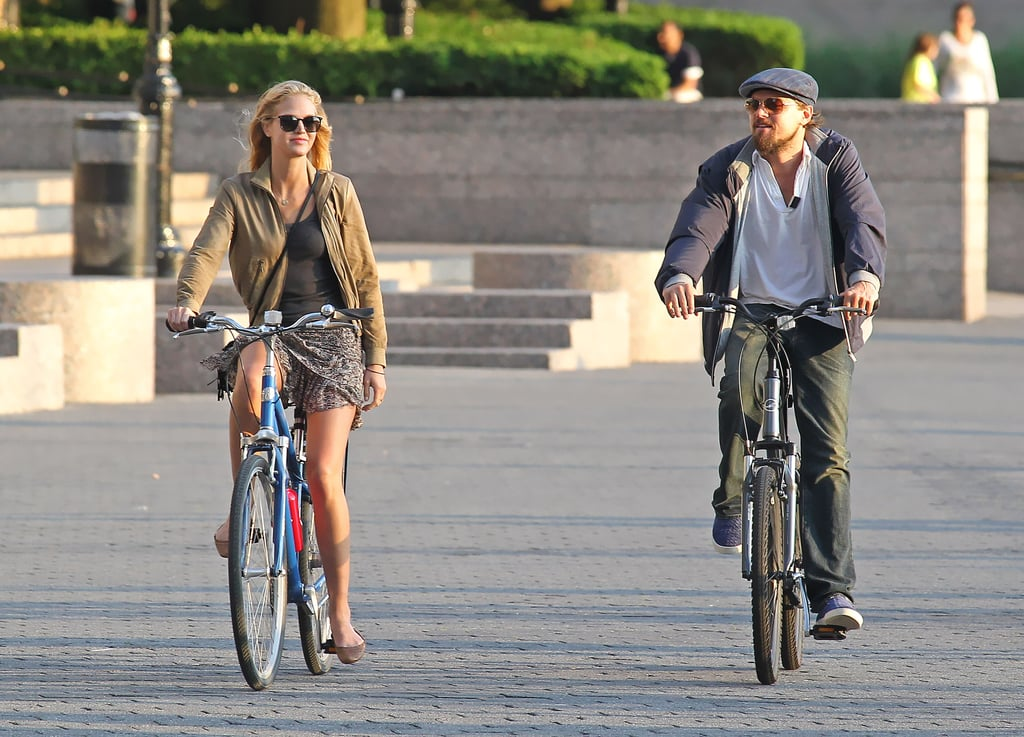 Leonardo DiCaprio and his Victoria's Secret Angel girlfriend, Erin Heatherton, biked together in NYC.