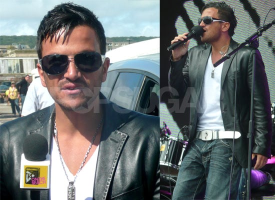 PopSugarUK Exclusive Photos, Plus Video Of Peter Andre Performing And Falling Off The Stage At T4 On The Beach 2009