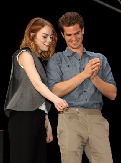 celebrityAndrew-Garfield-Emma-Stone-Earth-Hour-Pictures