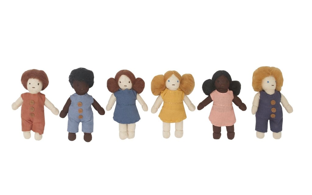 Holdie Folk Doll Pack