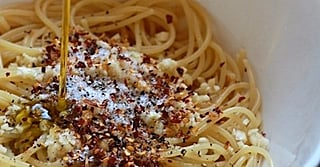 Easiest Dinner Ever: Spaghetti Aglio, Olio, e Peperoncino