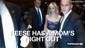 Video of Reese Witherspoon in a Strapless Dress in New York City 2010-10-27 12:23:09