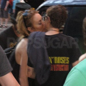 First Photo of Lindsay Lohan and Samantha Ronson Kissing!