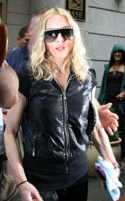 Sugar Bits — Madonna Denies Affair and Divorce Rumours