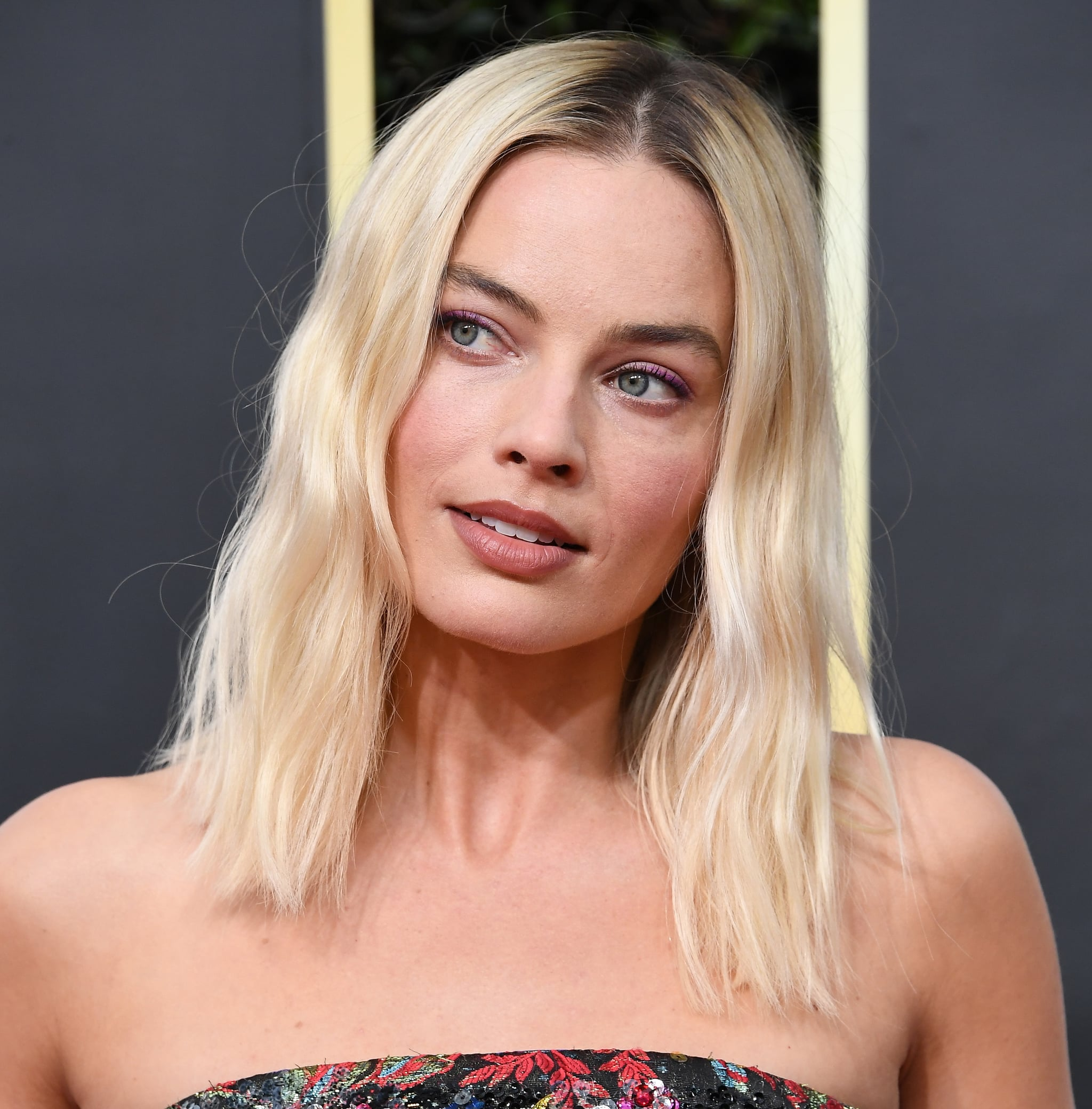 BEVERLY HILLS, CALIFORNIA - JANUARY 05: Margot Robbie arrives at the 77th Annual Golden Globe Awards attends the 77th Annual Golden Globe Awards at The Beverly Hilton Hotel on January 05, 2020 in Beverly Hills, California. (Photo by Steve Granitz/WireImage)