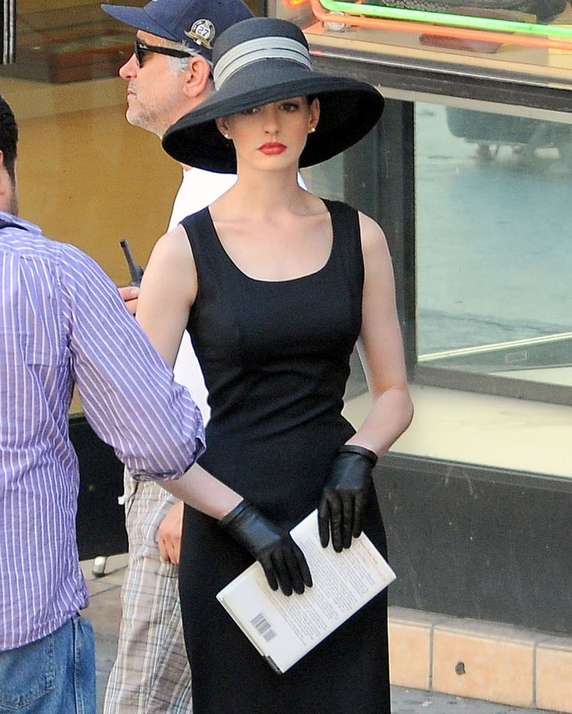 Anne Hathaway As Selina Kyle On The Set Of The Dark Knight