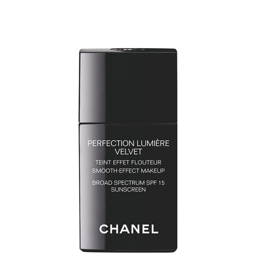 Chanel Perfection Lumière Velvet Smooth-Effect Makeup SPF 15
