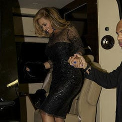 Beyonce Post-Baby Body Pictures in Monique Lhuillier Dress