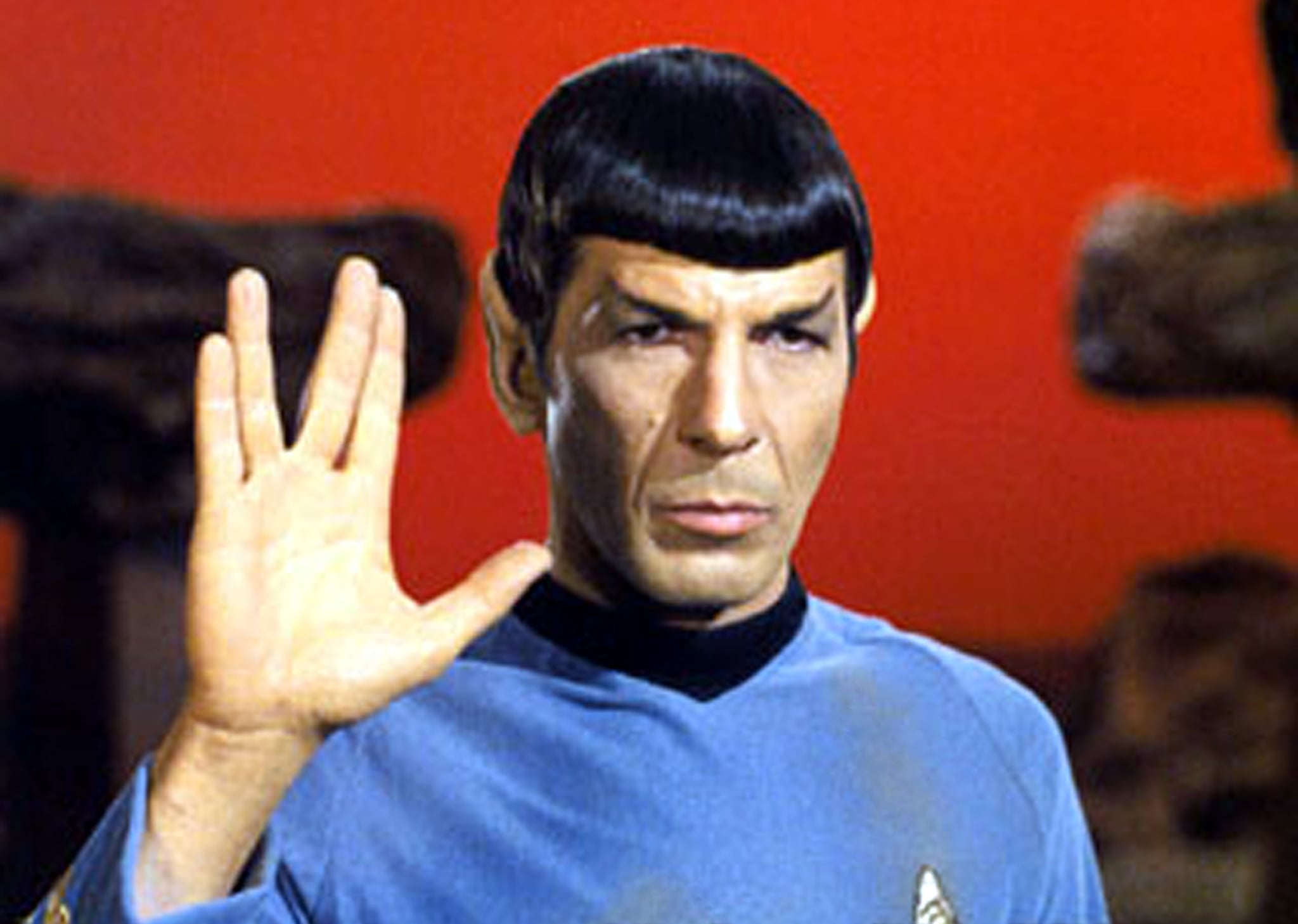 STAR TREK, Leonard Nimoy, on Vulcan, giving the 'Live Long & Prosper' salute, in Ep#34: 'Amok Time' 9/15/67. (c)Paramount. Courtesy: Everett Collection.