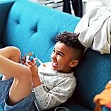 محاولة زرع الفرحة والبهجة بروح طفل ما