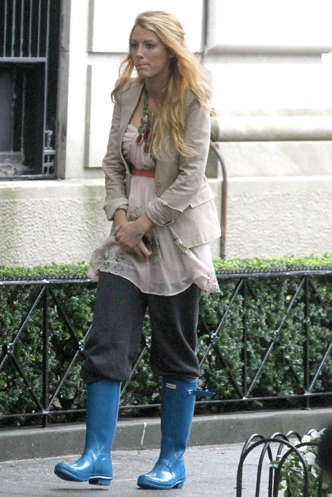 Blake Lively layered her look for her latest day of work.