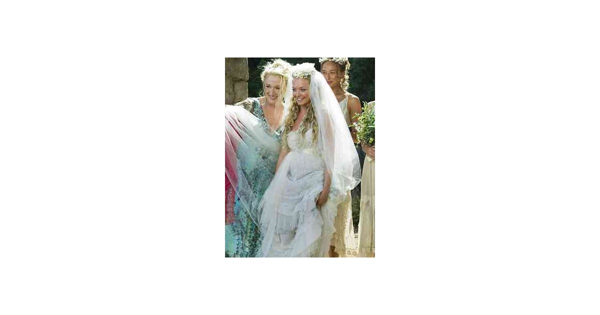 amanda seyfried mamma mia 25 fab on screen wedding dress moments
