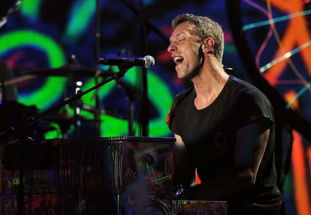 Chris Martin played the piano during Coldplay's duet with Rihanna.