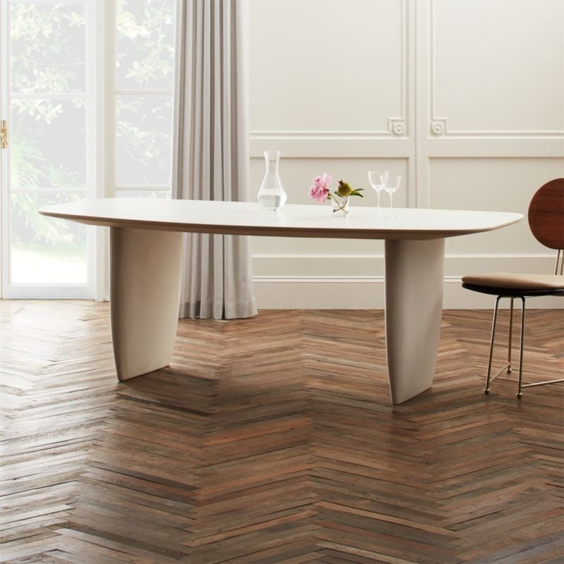 Renata: Bordo Dining Table