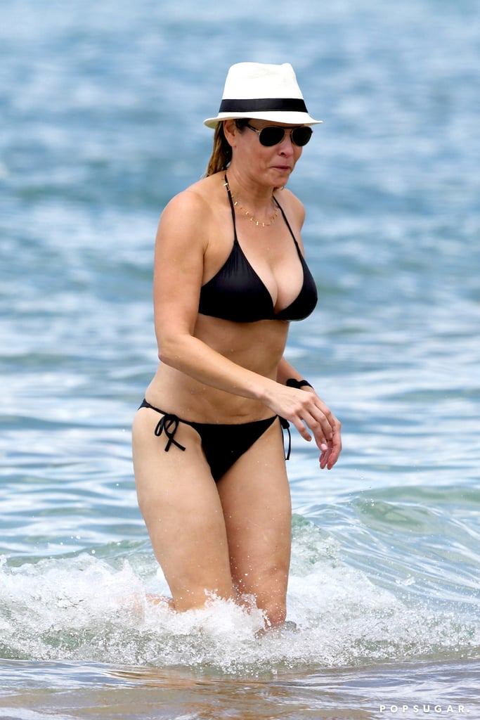 Chelsea Handler slipped into a swimsuit for her Hawaiian vacation.