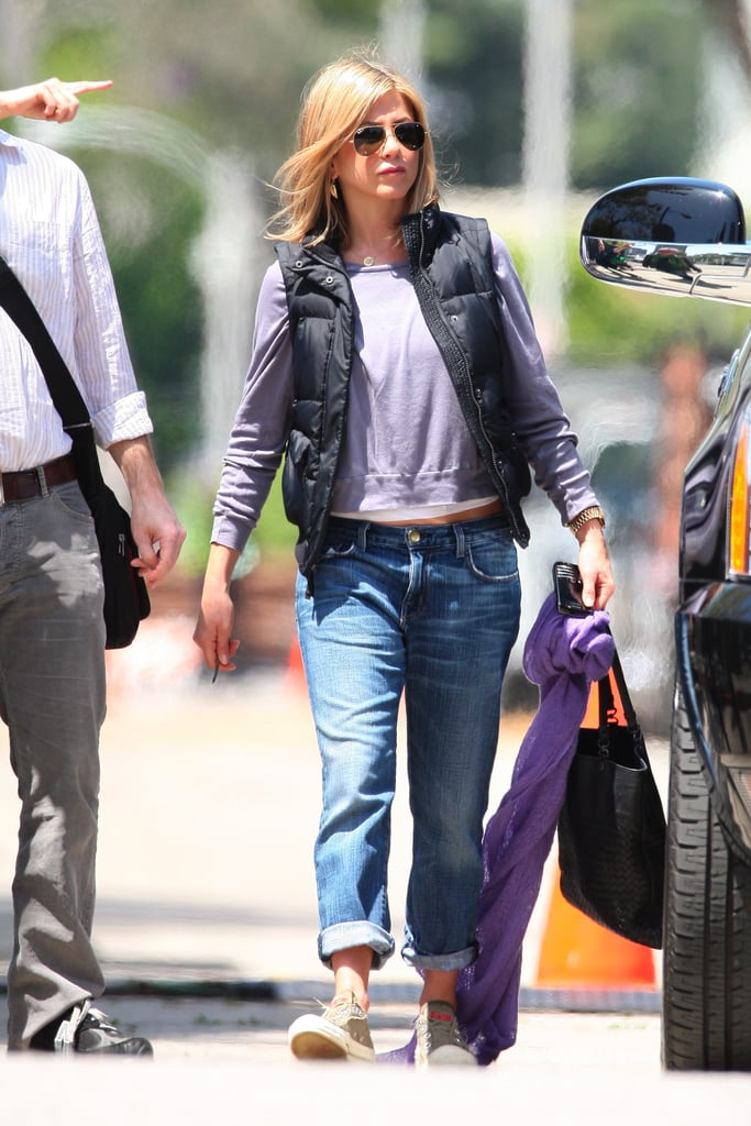 Jennifer Aniston Wraps Up a Week in the Director's Seat