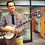 Ed Helms played the banjo on the set of The Office. Source: Instagram user angekinz