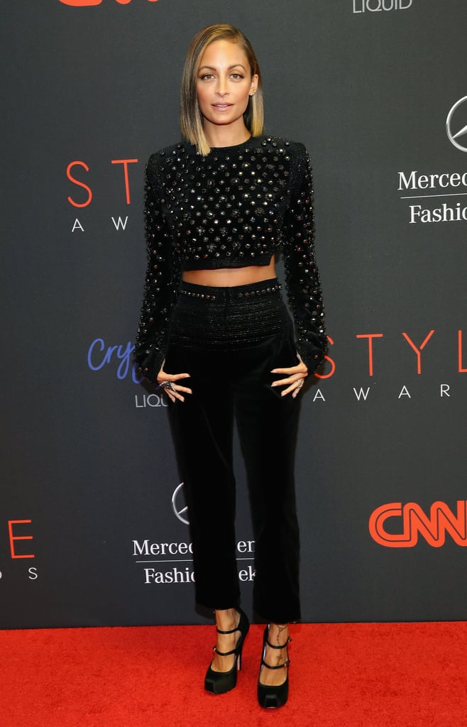 Nicole Richie posed for photos on the red carpet at the Style Awards in NYC.