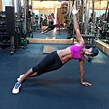 It looks like plank variations are one reason behind Kelly Rowland's tight, toned abs!
