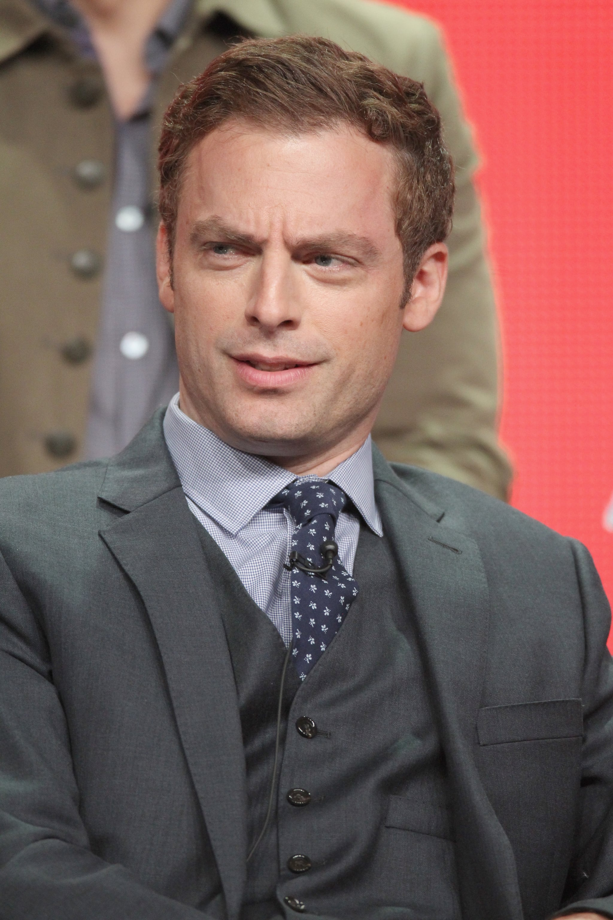 Lead actor Justin Kirk spoke to the crowd at Animal Practice's conference during NBC's 2012 Summer TCA tour.