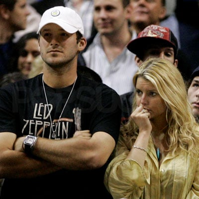 Jessica Simpson and Tony Romo at the Lakers/Mavericks Game
