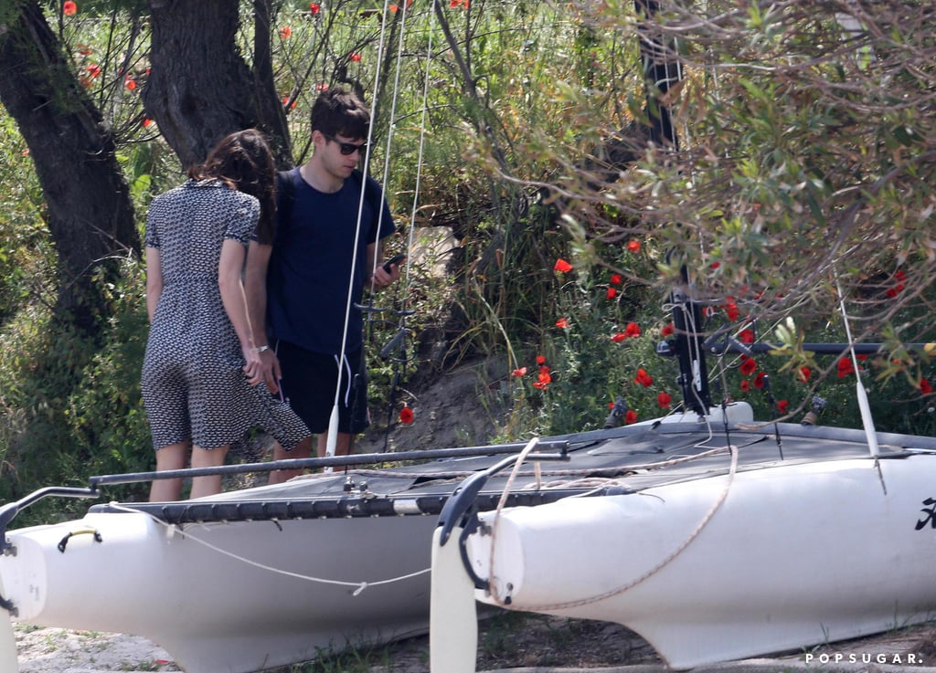 James Righton and Keira Knightley jumped on a boat.