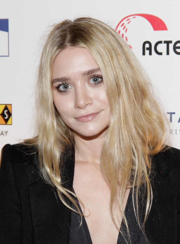 Ashley Olsen on the red carpet for the Cool Comedy - Hot Cuisine for Scleroderma Research Foundation event.