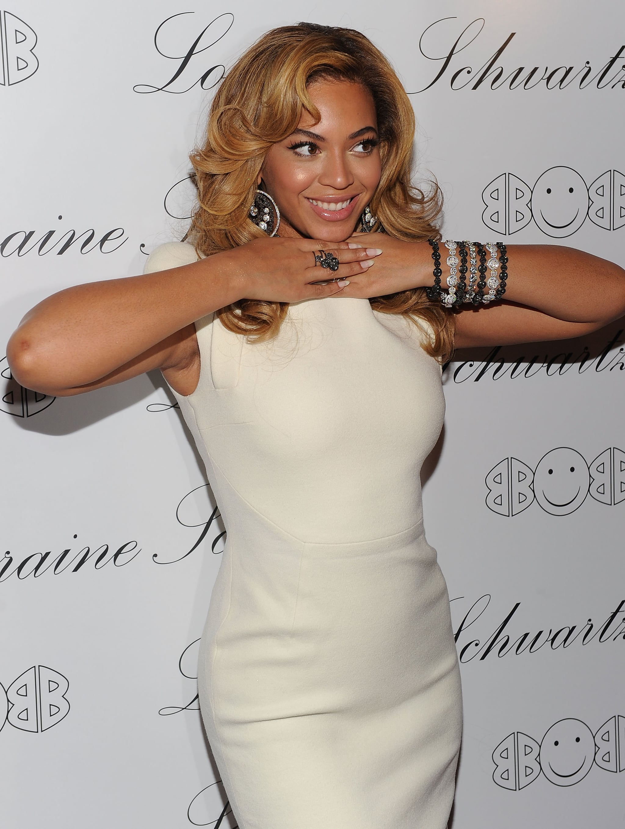 Pictures of Beyonce Knowles and Blake Lively at Lorraine Schwartzs
