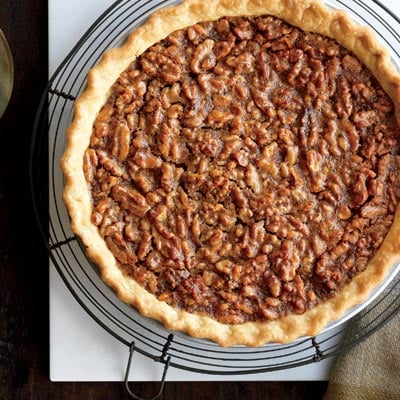 Easy Caramel Walnut Thanksgiving Pie Recipe