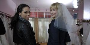A Single Girl's Wedding Party on Dove's Fresh Takes: Discuss
