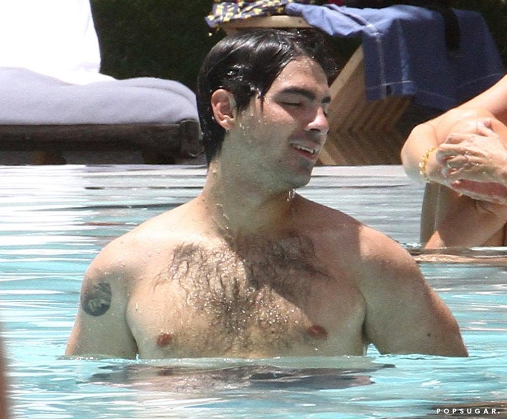 Joe Jonas And Sophie Turner Kissing In Miami August 2018 Popsugar