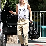 Gwen Stefani dressed up her outfit with black heels.