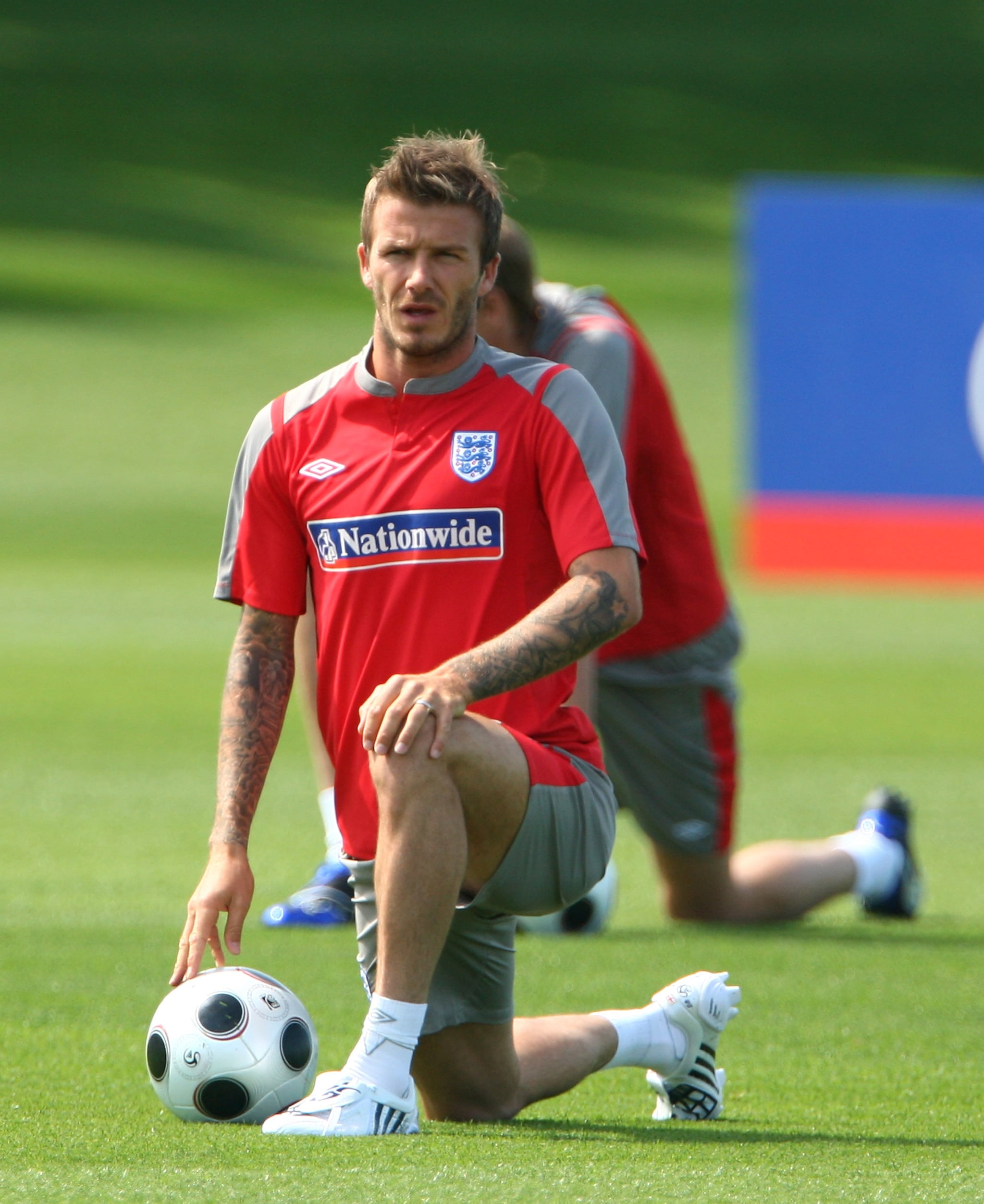 Photos of David Beckham Playing Soccer in London 2009-06 ...