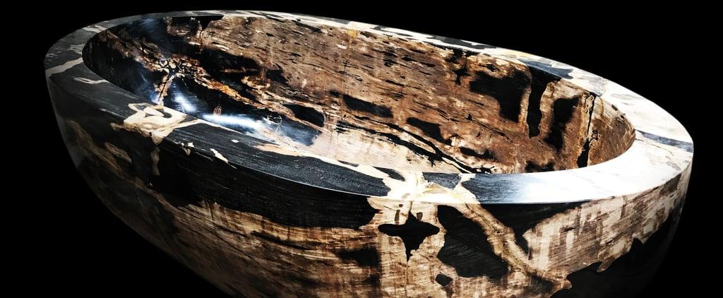حوض استحمام من الخشب المتحجّر تبلغ قيمته 2 مليون دولار في دب