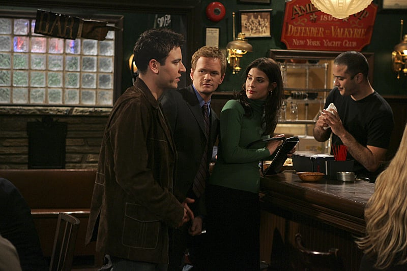 This shot is from the pilot — look how young Ted, Barney, and Robin look!