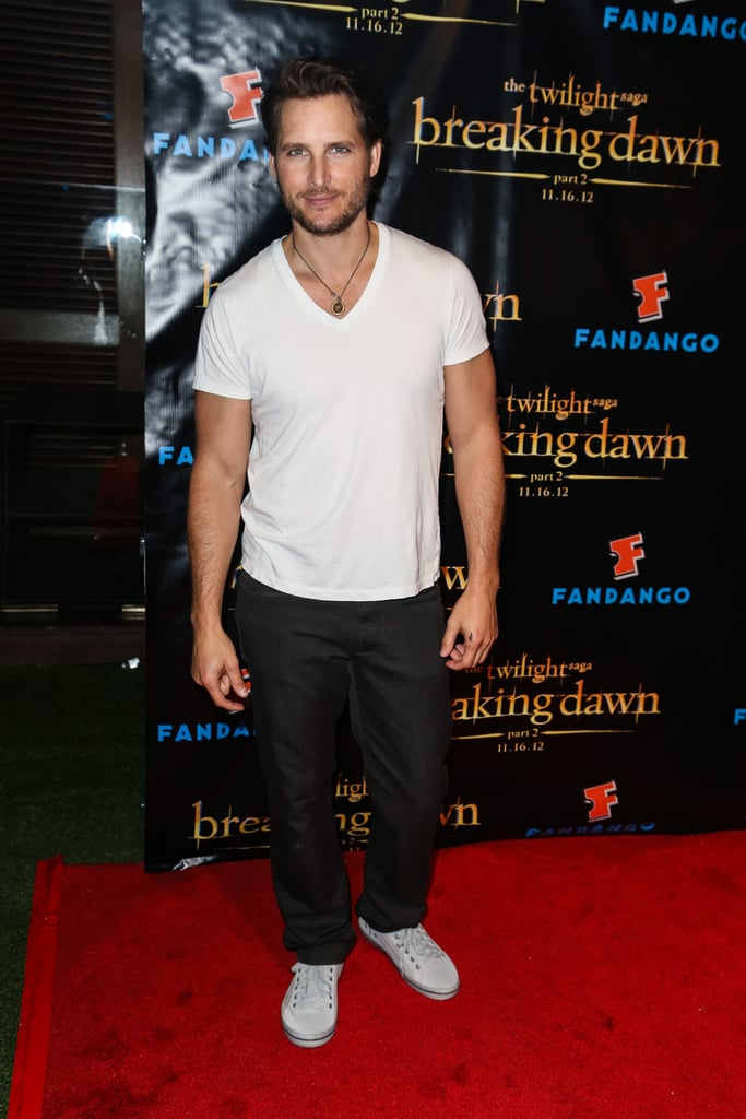 Peter Facinelli wore a white teeshirt to the Breaking Dawn Part 2 party at Comic-Con.