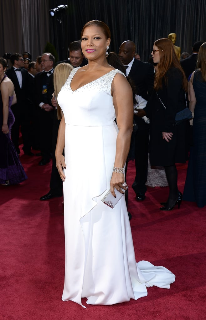 Queen Latifa on the red carpet at the Oscars 2013.