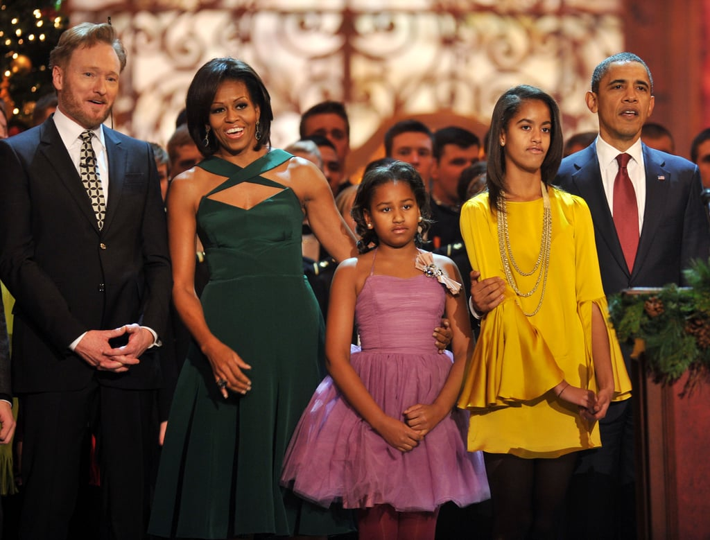 The Obama family stands with Conan O\'Brien at Christmas in ...