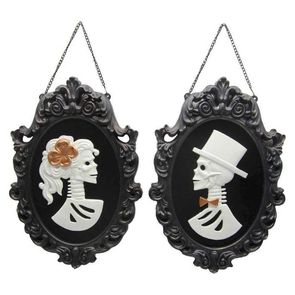 Cheap Cool Stuff >> Hanging Skeleton Frame | Cheap Halloween Products at Target | POPSUGAR Smart Living Photo 40