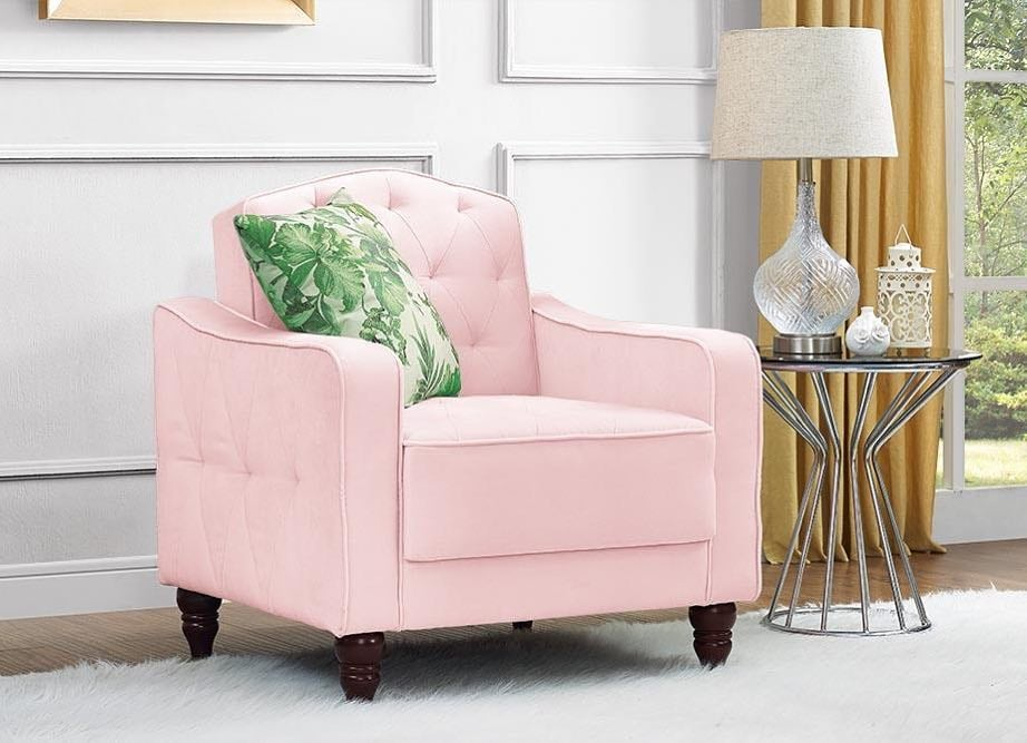 When You Tell Guests This Chair Is $189 at Walmart, Everyone Will Think You're a Liar