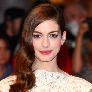 Anne Hathaway to Star in Les Miserables as Fantine