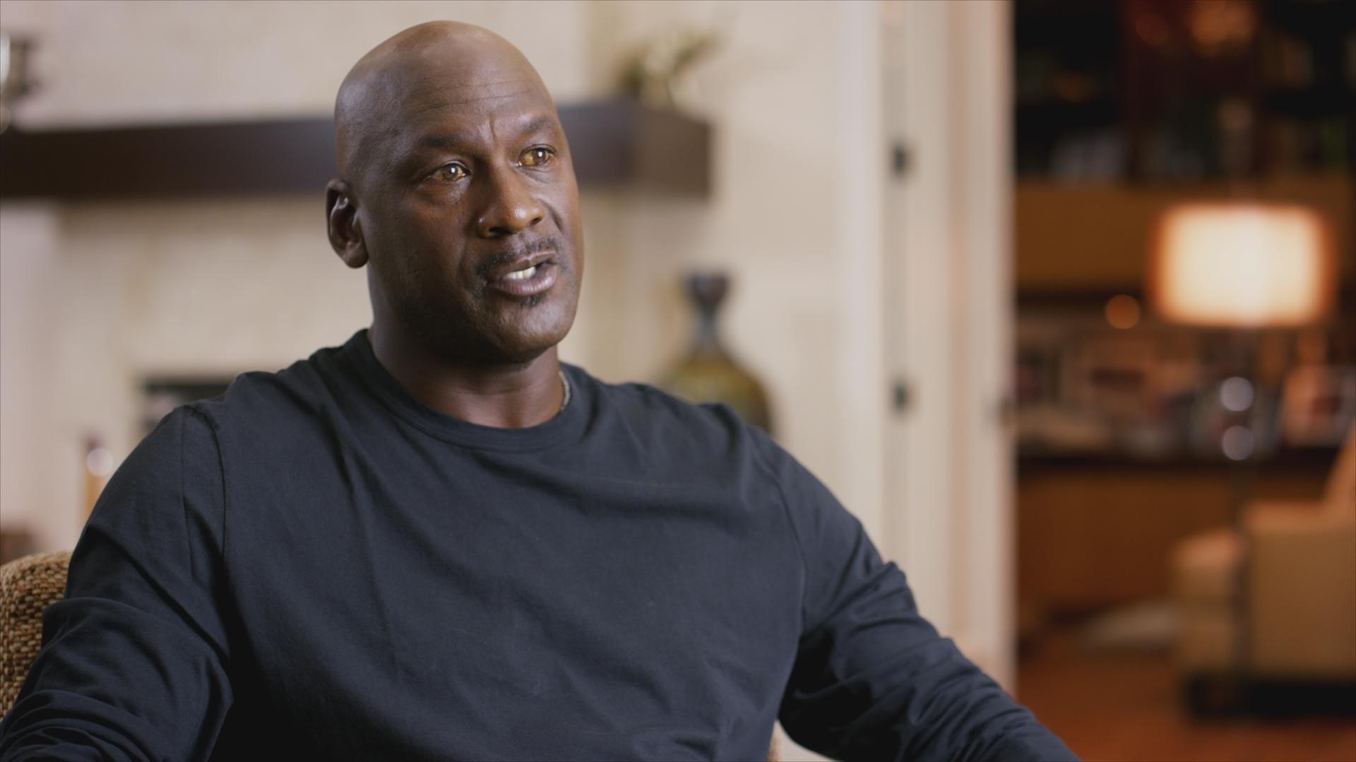 THE LAST DANCE, Michael Jordan, (premiered Apr. 19, 2020). photo: ESPN/Netflix / Courtesy Everett Collection