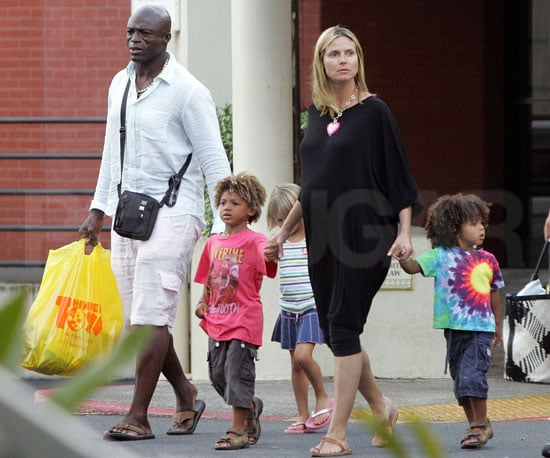 Photo Slide of Pregnant Heidi Klum With Seal, Leni Klum, Henry Samuel, And Johan Samuel in Hawaii Before Project Runway Returns
