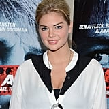 Kate Upton went to the premiere of Argo in NYC.