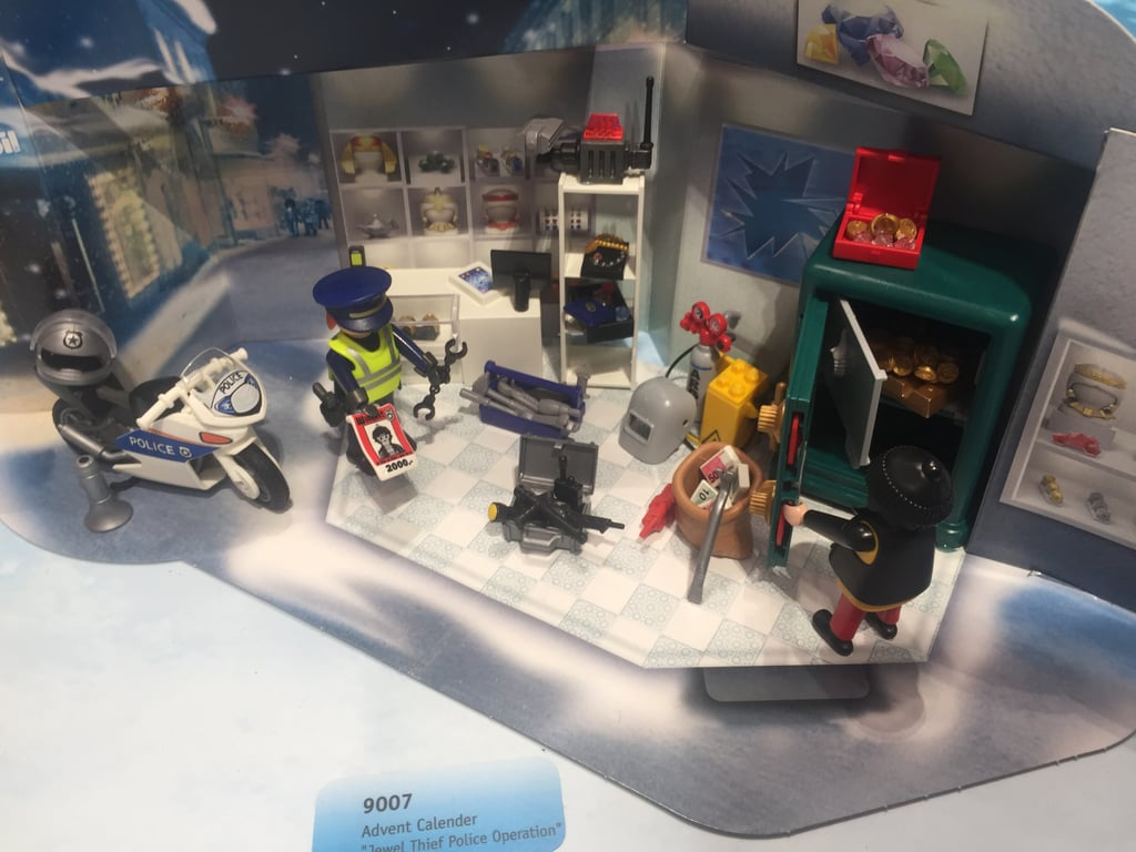 Playmobil Jewel Thief Operation Advent Calendar